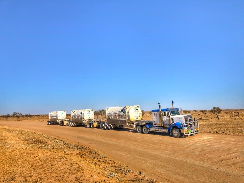 Callum McMahon carries liquid nitrogen across the Strzelecki Track in outback SA